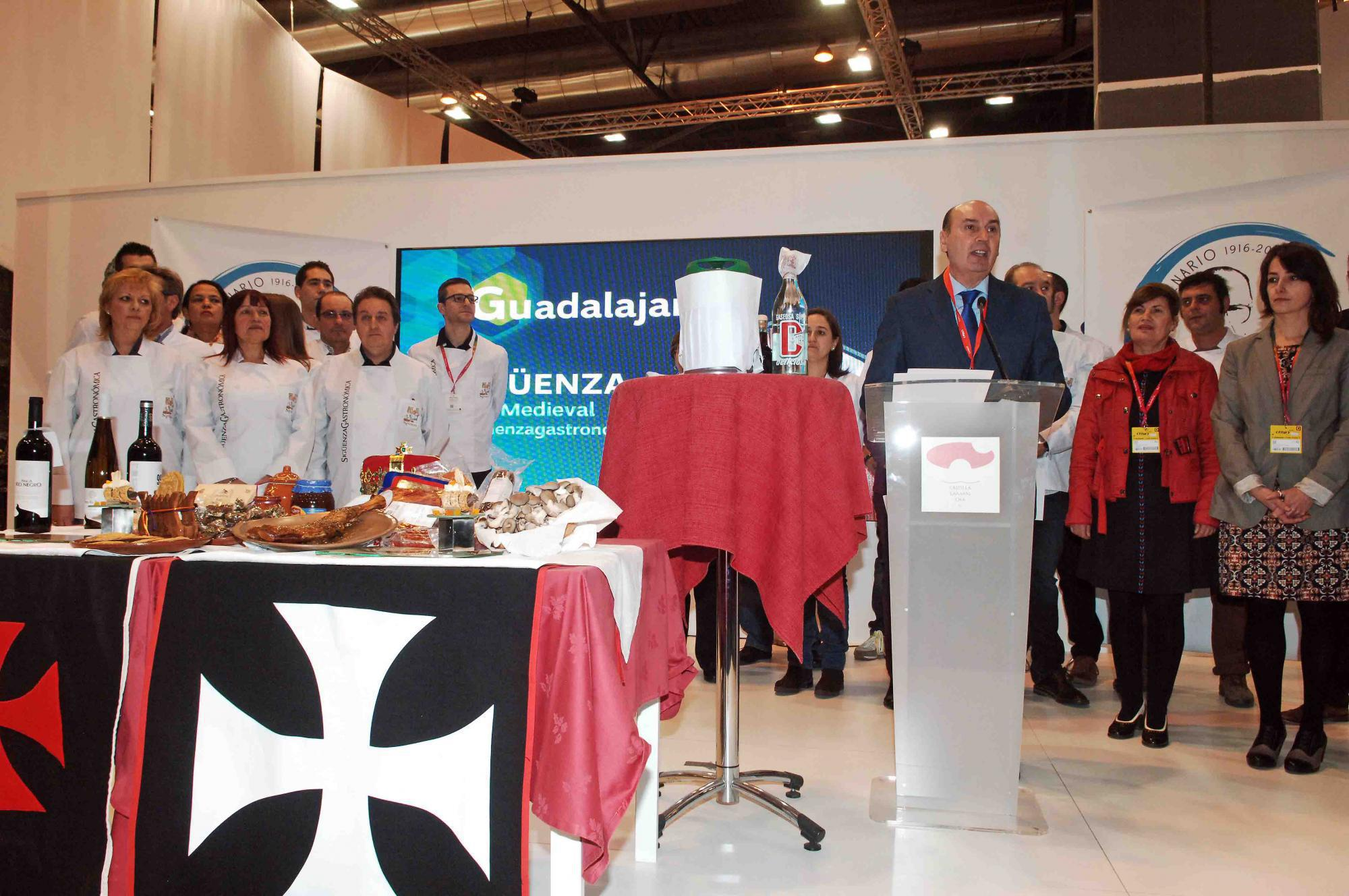 Cocina La Reinvenci N Del Restaurante Miguel Ngel De Guadalajara # Muebles Tienda Nueva Jedula