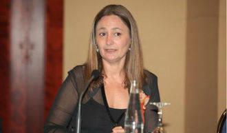 La paracaídista socialista por Guadalajara, agradecida y obediente, dice no al pacto con el PP