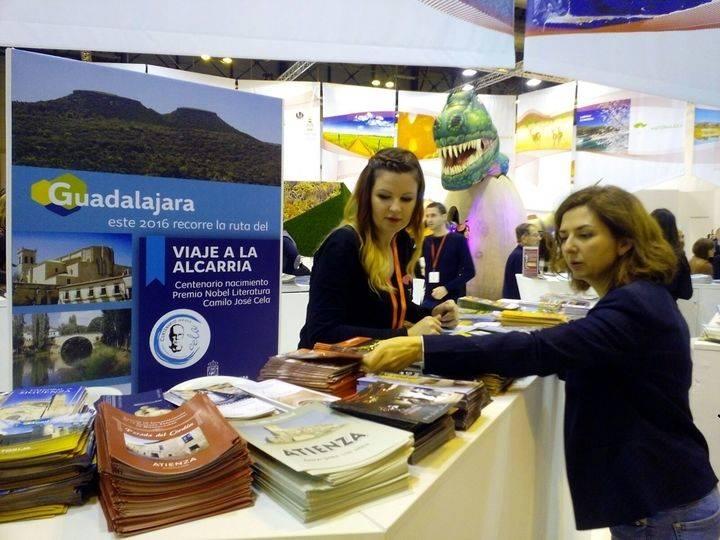 Orlena de Miguel, diputada nacional por Guadalajara, anima desde FITUR a visitar nuestra provincia