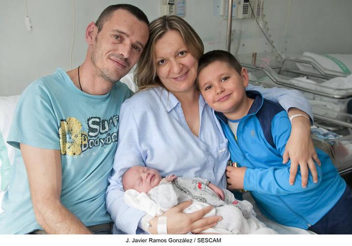 Ignacio, primer bebé del año 2016 nacido en el Hospital General Universitario de Guadalajara