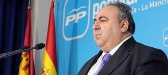 """Tirado destaca la """"rotunda victoria"""" del PP en la región con una diferencia con el PSOE de 10 puntos y 115.000 votos"""