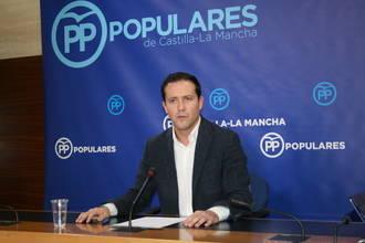 """Velázquez denuncia """"la fuga de empresas y autónomos que está ocasionando Page en Castilla-La Mancha"""""""