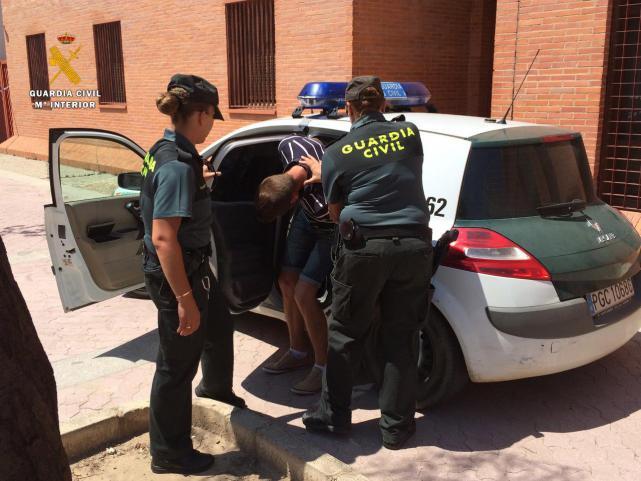 La Guardia Civil detiene a la responsable de un grupo organizado que robaba a ancianos en la provincia de Guadalajara