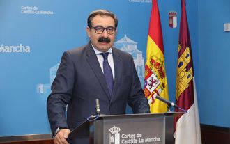 El PP no deja de pedir el cese de Jesús Fernández como consejero de Sanidad