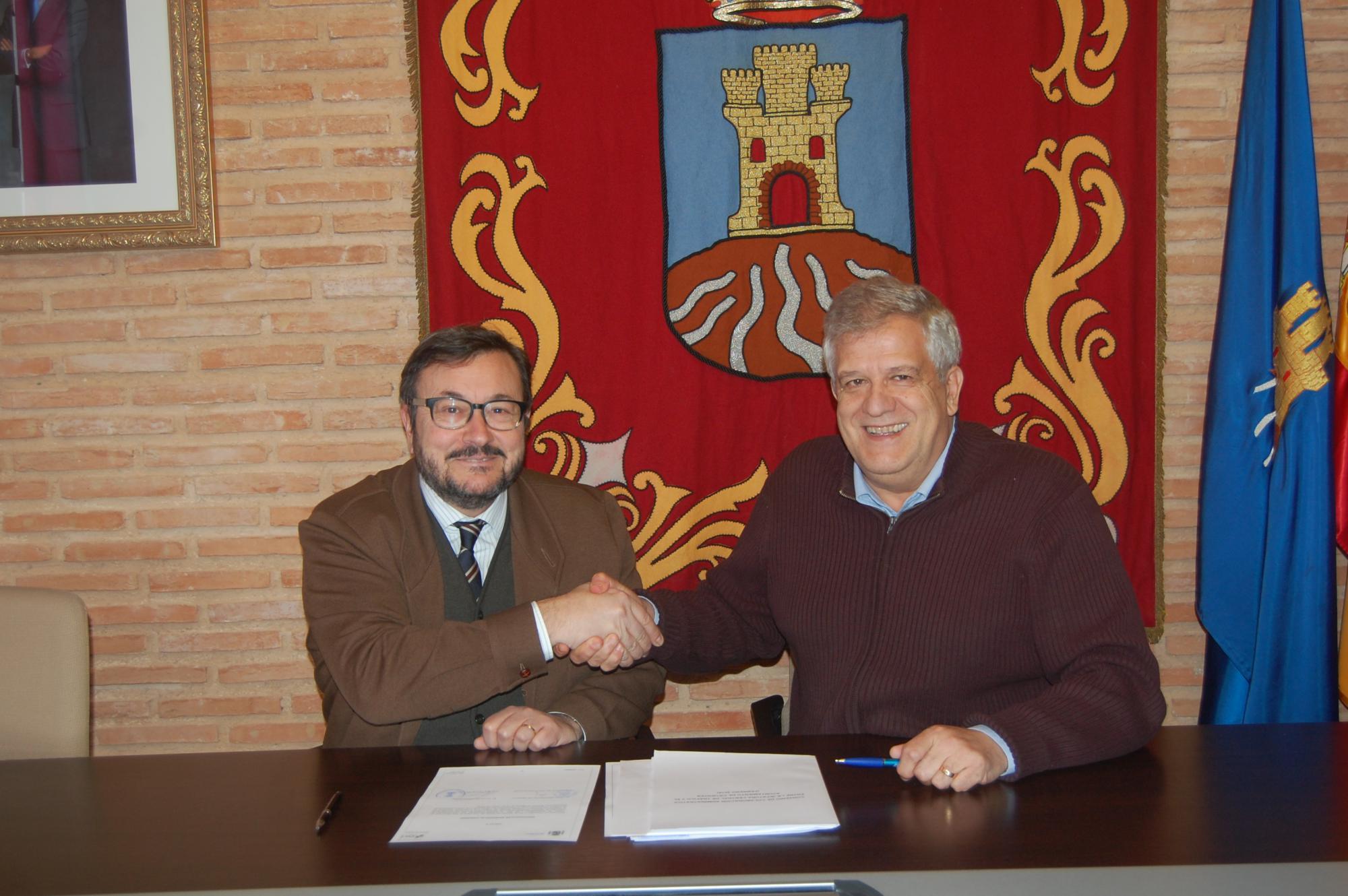 Cifuentes firma un convenio con la jefatura provincial de - Jefatura provincial de trafico de albacete ...