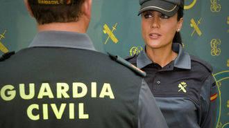 Un guardia civil fuera de servicio atrapa a un ladrón de bolsos en la capital