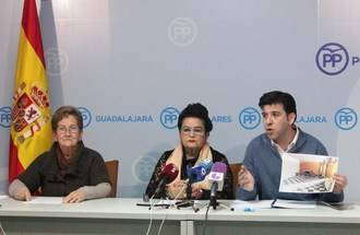 La Asociación de Pensionistas de Torrejón del Rey afirma que el alcalde socialista quiere echarlos de su local de reunión