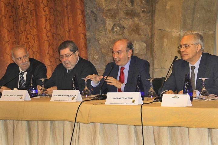 La Sociedad Castellano-Manchega de Hipertensión y Riesgo Vascular premia un caso presentado por profesionales de Guadalajara
