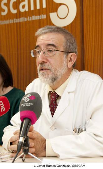 El nefrólogo Gabriel de Arriba participará en el programa Hope 2016, que permite conocer el sistema sanitario de otros países