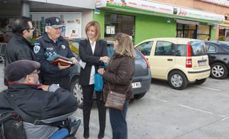 La concejala de Seguridad visita El Alamín junto a los vecinos