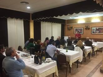 El Fogón del Vallejo de Alovera prepara para este viernes una cata de vinos