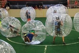 El fútbol dentro de una burbuja en el torneo solidario y benéfico de este sábado en el CDM Valdeluz