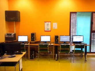 El CIJ La Salamandra enseña a crear una página web propia