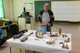 Más de 350 escolares han participado en talleres de Diputación de instrumentos musicales y juguetes tradicionales