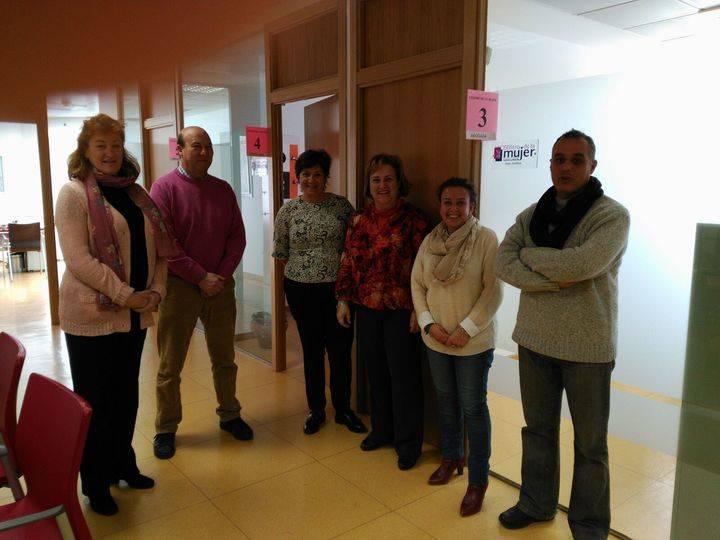 La ONG Mujeres Opañel gestiona ya el Centro de la Mujer de Alovera