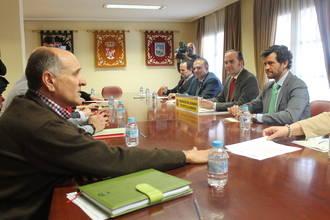 Reunión para asignar los 9,2 millones que el Gobierno destina al empleo en las zonas rurales deprimidas de la región
