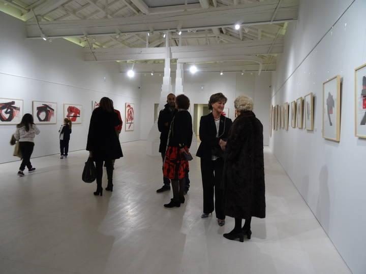 """Las salas del Museo Francisco Sobrino acogen la exposición Gesto y Geometría. En """"el paso"""" del milenio, del pintor Luis Feito"""