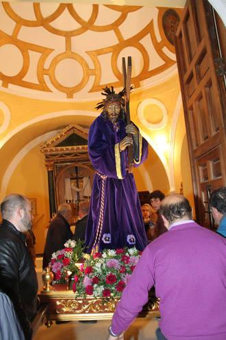 Devoción, recogimiento, brillantez y respeto por la tradición en la Semana Santa escarichera