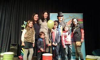 Éxito de participación en el espectáculo de Villi y Requetecorcheas organizado por Alerguada en Alovera