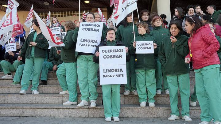 Vuelta a la huelga por impagos en la limpieza de los centros de salud de la provincia
