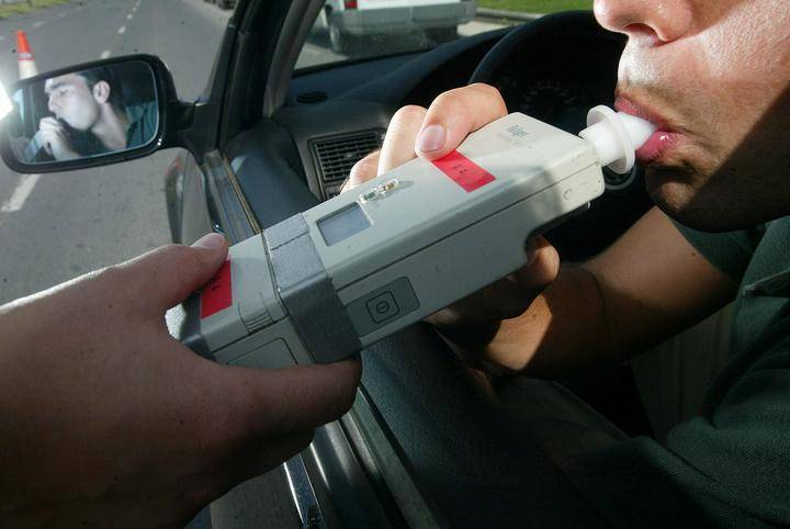 Una vez más, los que conducen bajo los efectos del alcohol en la capital se delatan