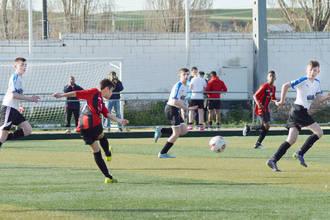 El complejo San Miguel acoge este domingo un Torneo de Fútbol Base