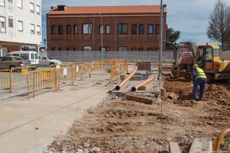 Arrancan las obras de creación de 12 nuevas plazas de aparcamiento en Manantiales