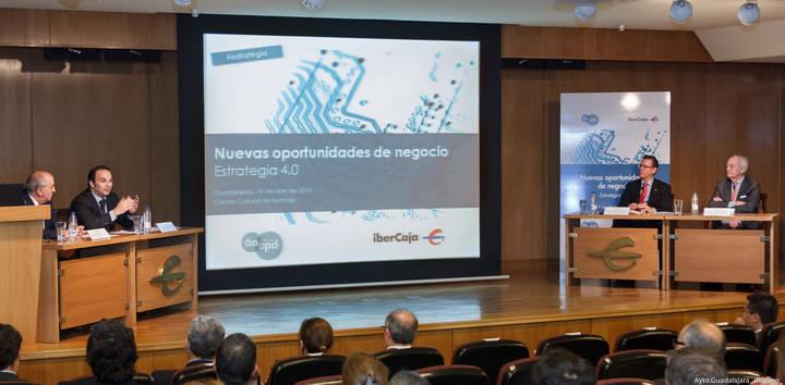 El vicealcalde Jaime Carnicero subraya la importancia de las nuevas tecnologías para el desarrollo económico y empresarial
