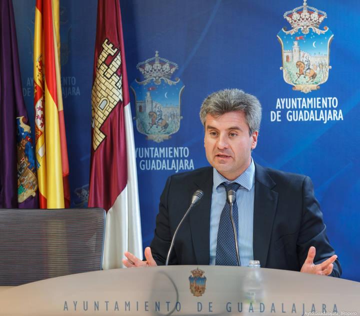 El Ayuntamiento de la capital obtiene un superávit de 592.000 euros