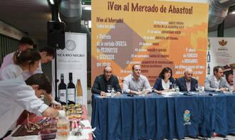 """Los vinos de la provincia protagonizan una nueva jornada de """"¡Ven al Mercado de Abastos!"""""""