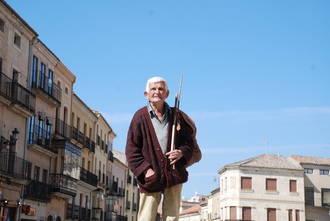 Conrado, el eterno maletilla, es el protagonista del capítulo 5 de la serie