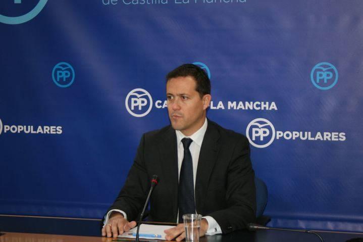 Velázquez denuncia la grave situación en la que se encuentra el convenio sanitario debido a los incumplimientos de Page