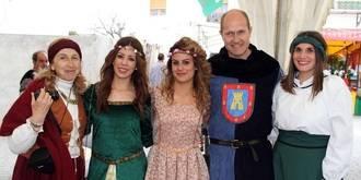 El arcoíris corona el éxito de la III Feria Medieval de Pareja con más de 4.000 visitantes