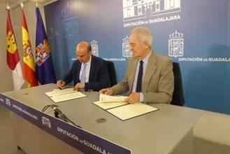 La Diputación reafirma su colaboración con CEOE-CEPYME para la creación de empleo en la provincia