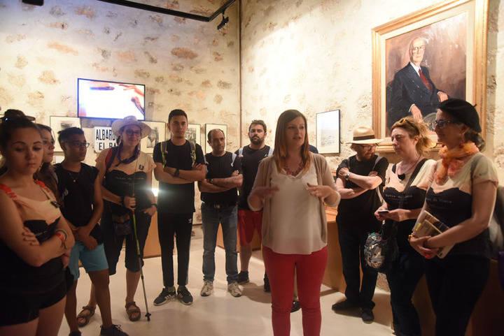Los alumnos visitan el Museo del Viaje a la Alcarria en el castillo de Torija