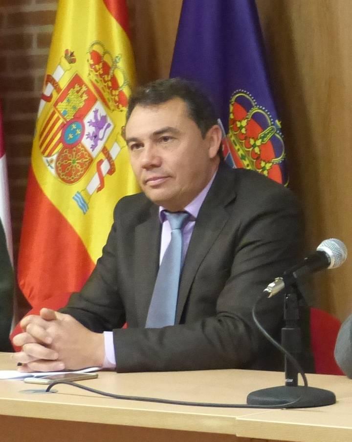 """Juan Pedro Sánchez: """"Tanto la temática como el emplazamiento de los cursos de Dipuemplea responden a criterios exclusivamente técnicos"""""""