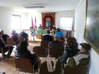 Condemios de Arriba acogió una charla sobre la regulación de la recogida de setas