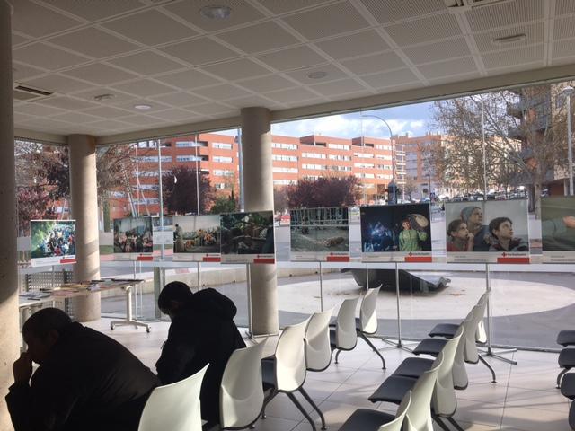 El CMI Eduardo Guitián y el Teatro Auditorio Buero Vallejo, sedes de la exposición de Cruz Roja sobre la crisis de refugiados