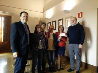 El mercadillo de libros de la Biblioteca de Guadalajara, en solidaridad con los refugiados