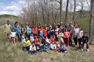 La comunidad educativa trillana celebra el Día del Árbol