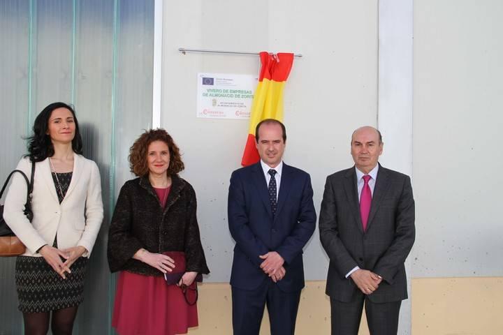 Inaugurada la nueva área de Coworking del Vivero de empresas de Almonacid