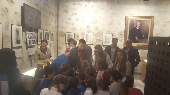 Latre anima a disfrutar del programa de actividades del castillo de Torija durante mayo y junio