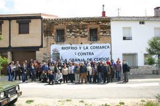 Vecinos de Riofrío del Llano y sus pedanías, en pie de guerra contra la macrogranja de cría de cerdos