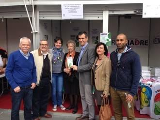 Antonio Román inaugura la I Feria de Asociaciones y asiste a la eucaristía de la Duquesa de Sevillano