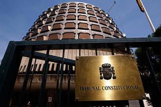 El Gobierno de España recurre al TC la jornada de 35 horas que puso Page en Castilla La Mancha
