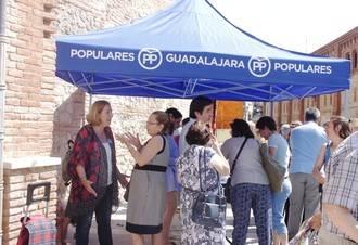 """Silvia Valmaña: """"Si gobierna el PP nos comprometemos a que haya 20 millones de personas trabajando en 2020"""""""