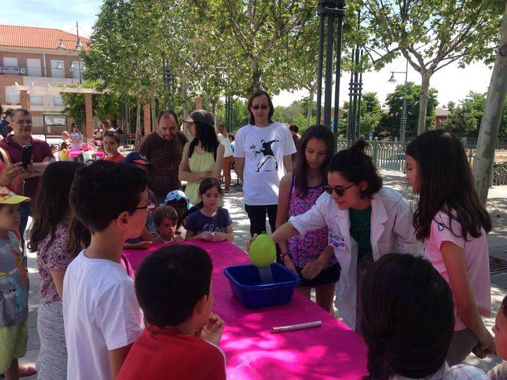 Extraordinaria inmersión en el mundo de la ciencia de los niños de Cabanillas