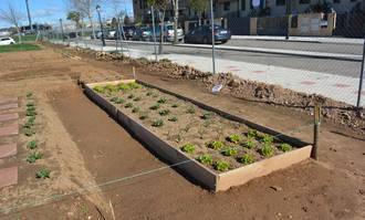 Los alumnos de la Escuela Agroecológica de Alovera dispondrán de sus huertos durante un año