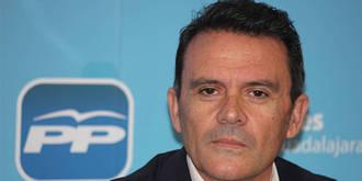 """El PP vuelve a tender la mano a Tortuero """"en un enésimo intento"""" de facilitar la gobernabilidad de Alovera"""