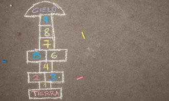 Los mayores de Horche enseñarán juegos tradicionales a los alumnos del colegio